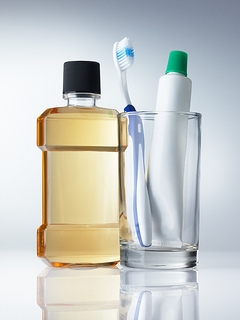 To use or not to use mouthwash; that is the question
